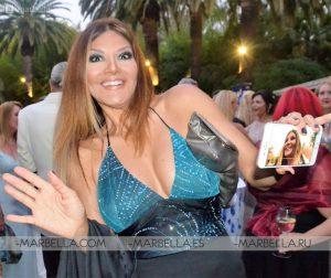 Ivonne Reyes en Rotary Club Marbella 002