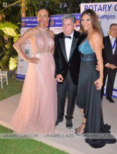 Ivonne Reyes en Rotary Club Marbella 008