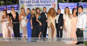Ivonne Reyes en Rotary Club Marbella 010