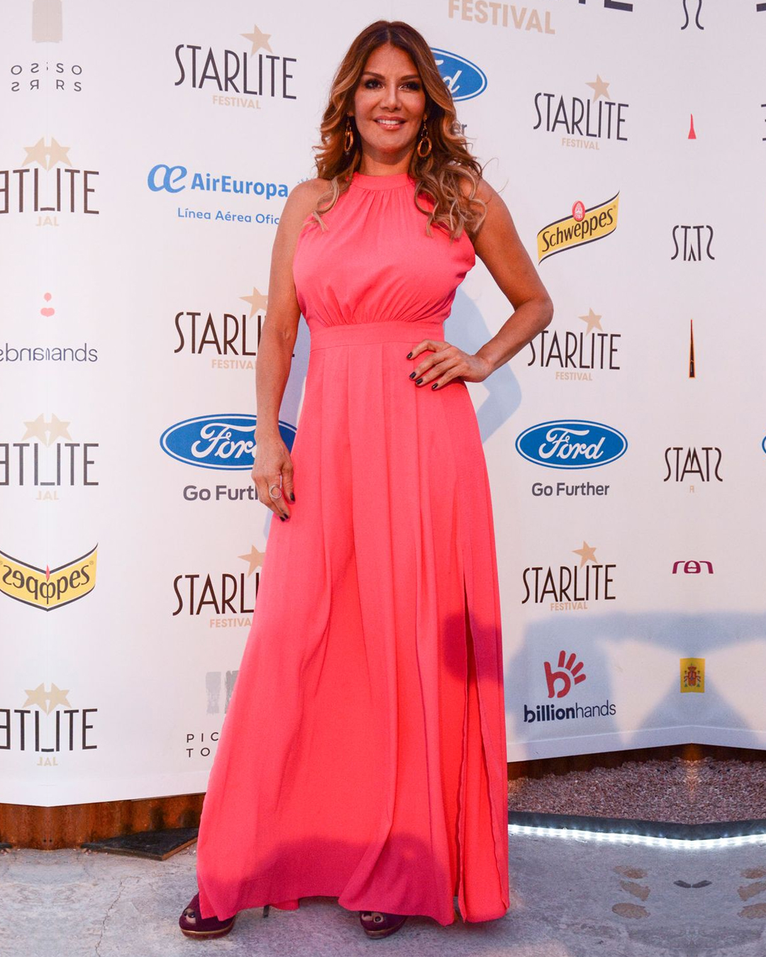 Ivonne Reyes disfrutó de Raphael en el Festival Starlite